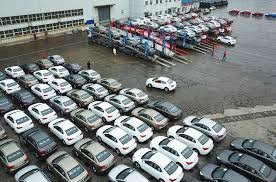 Car sales in China fall 92% in February